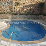 fully-furnished-villa-overlooking-alanya-castle-and-sea-007.jpg