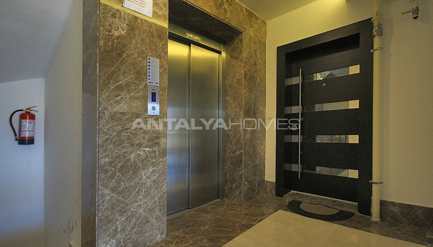 furnished-apartment-close-to-the-sea-in-antalya-konyaalti-008.jpg