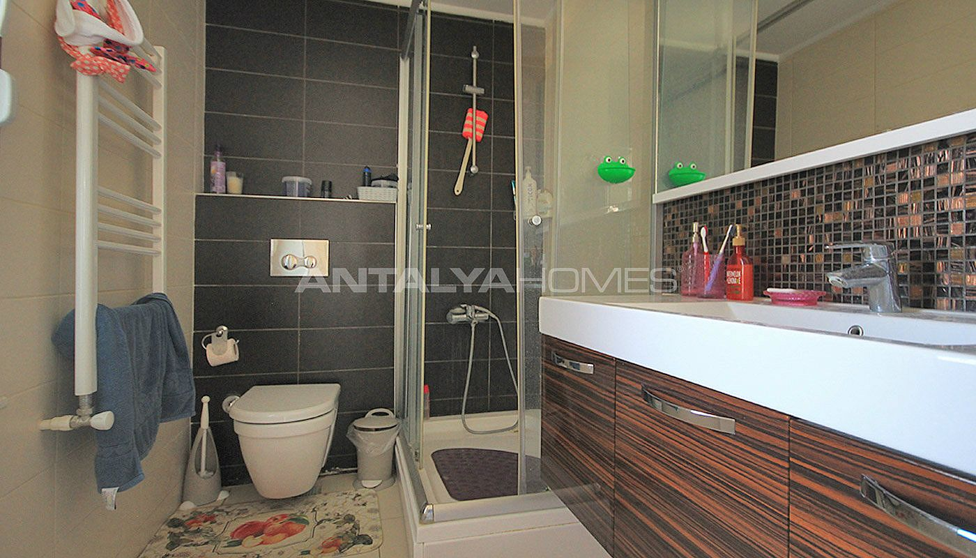 furnished-apartment-close-to-the-sea-in-antalya-konyaalti-interior-013.jpg