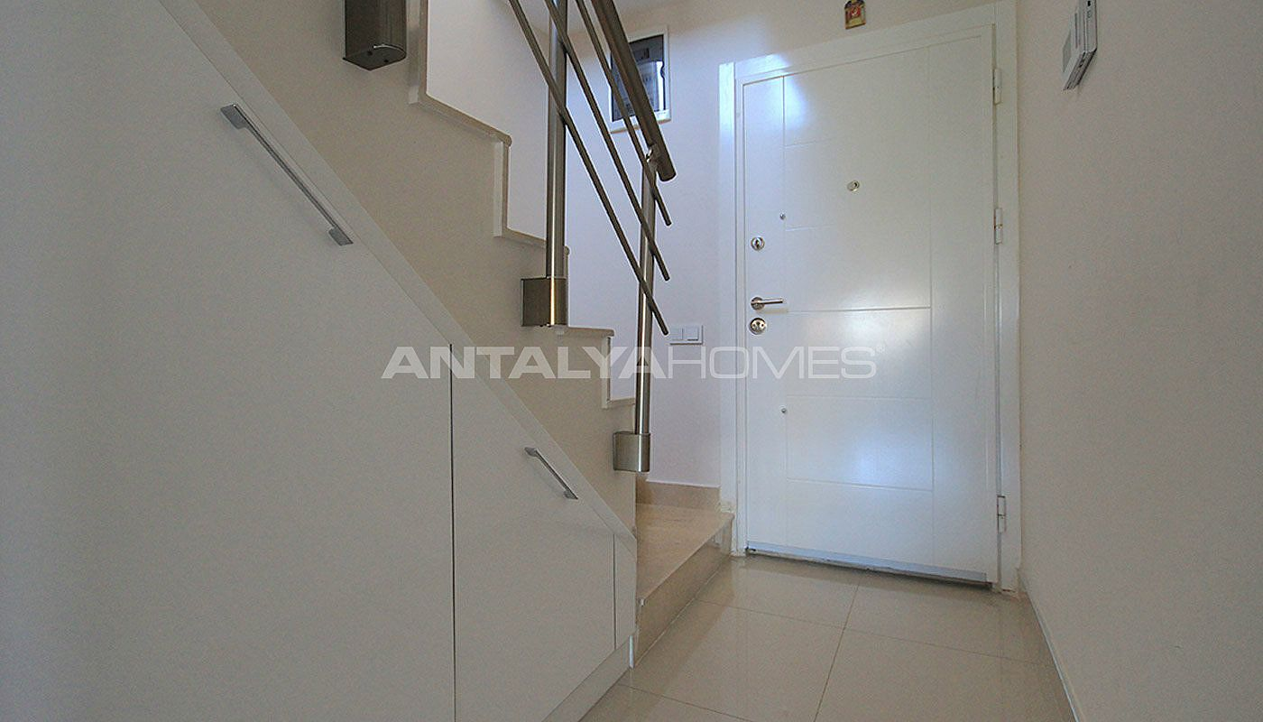 furnished-apartment-close-to-the-sea-in-antalya-konyaalti-interior-019.jpg