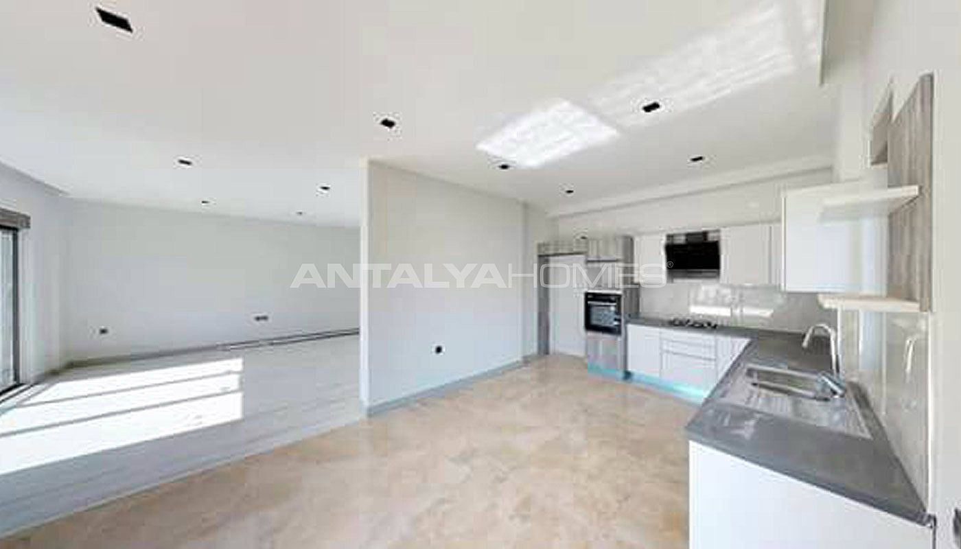 high-tech-detached-villas-in-the-huge-complex-in-antalya-interior-002.jpg