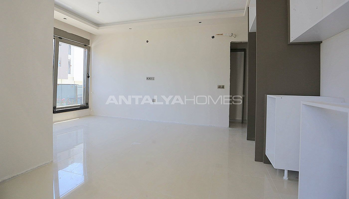 luxury-flats-with-natural-gas-infrastructure-in-antalya-interior-004.jpg