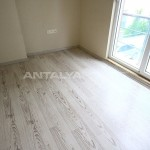 ready-to-move-modern-konyaatli-apartment-with-blinds-interior-011.jpg