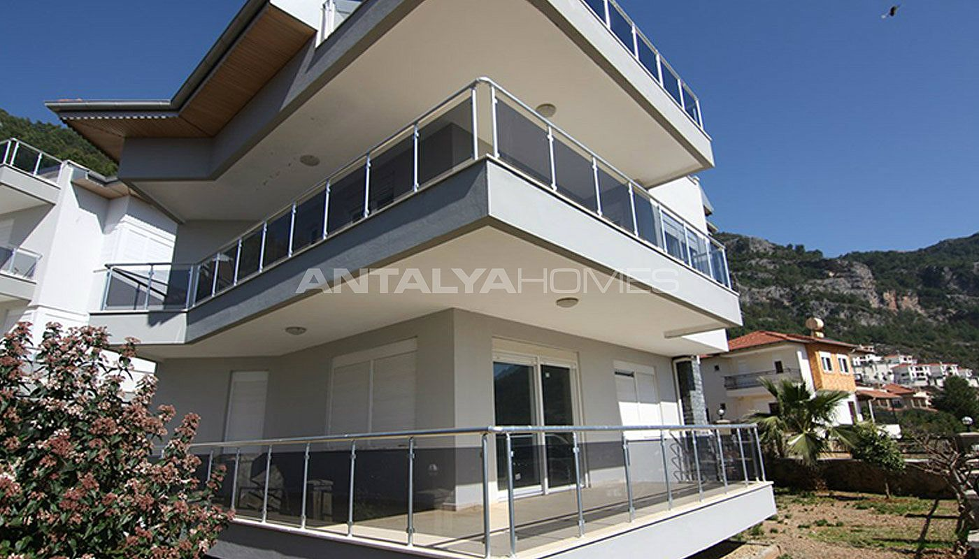 sea-view-5-1-villa-in-alanya-with-rich-features-009.jpg