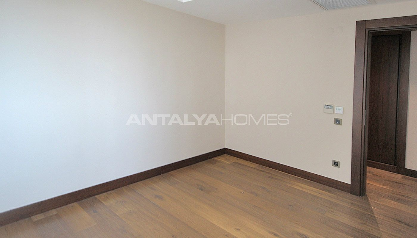 seafront-antalya-apartment-with-smart-home-system-interior-014.jpg