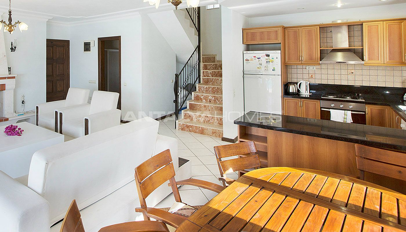 3-bedroom-private-house-in-kalkan-turkey-interior-003.jpg