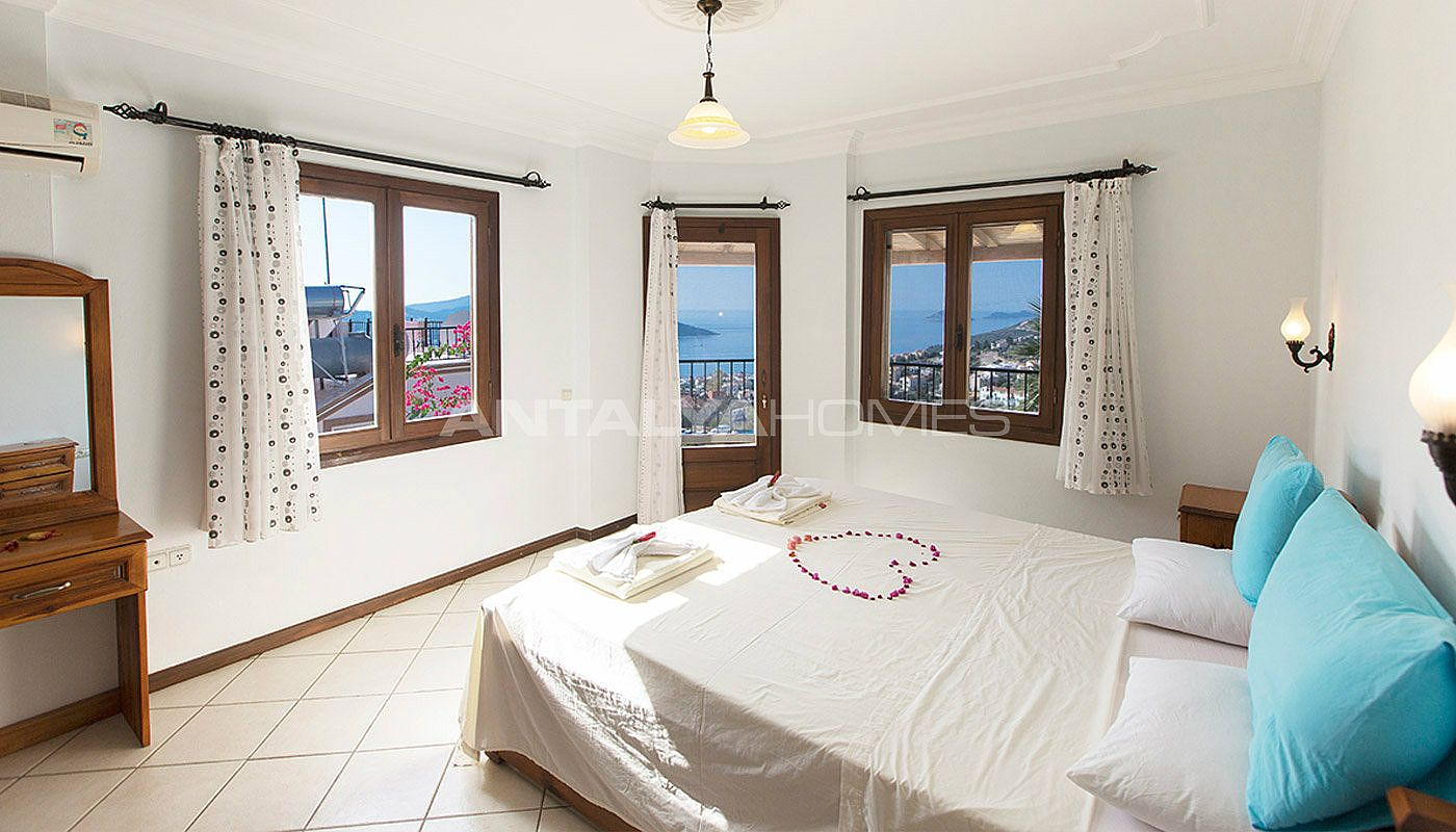 3-bedroom-private-house-in-kalkan-turkey-interior-005.jpg