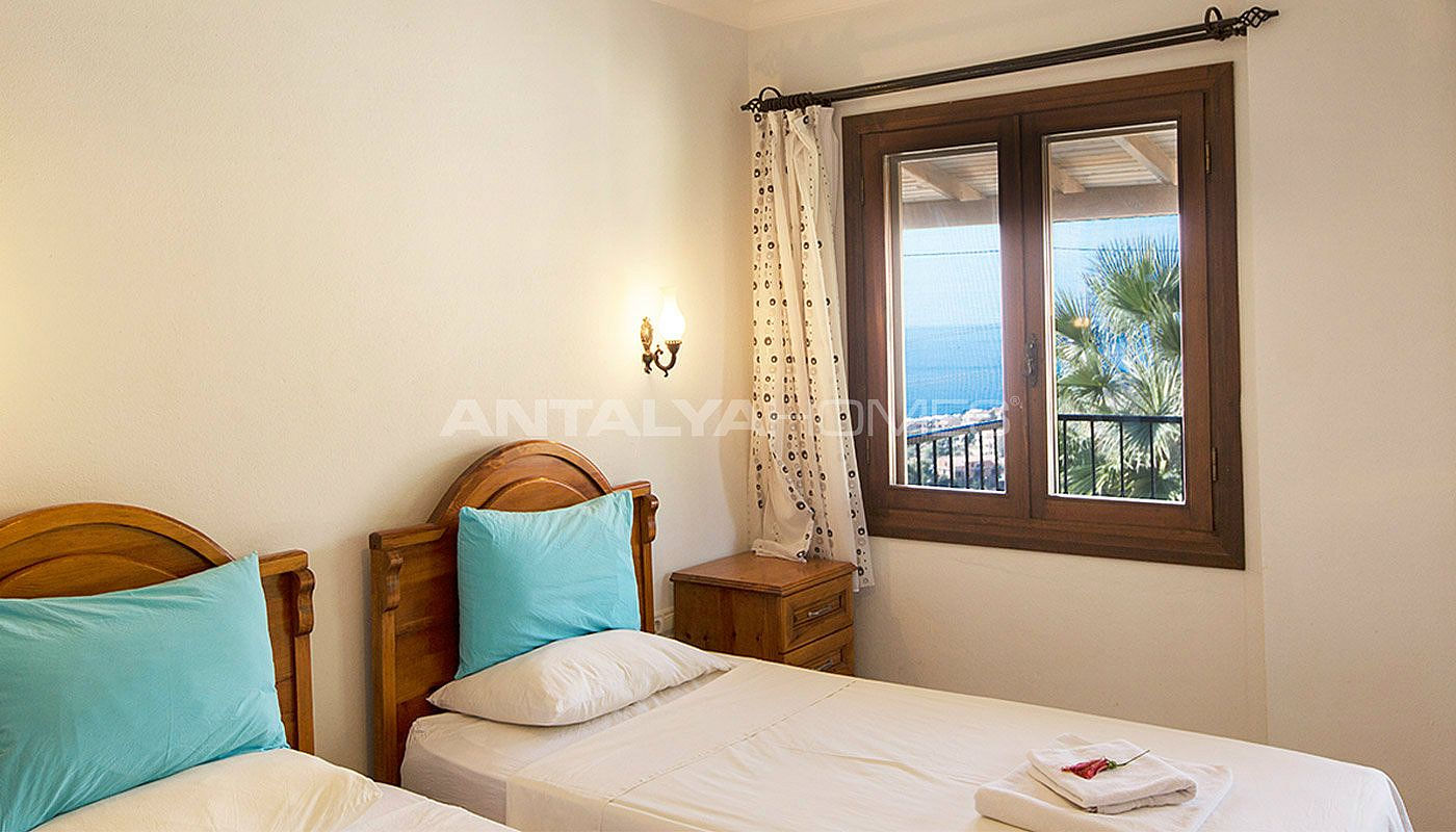 3-bedroom-private-house-in-kalkan-turkey-interior-009.jpg
