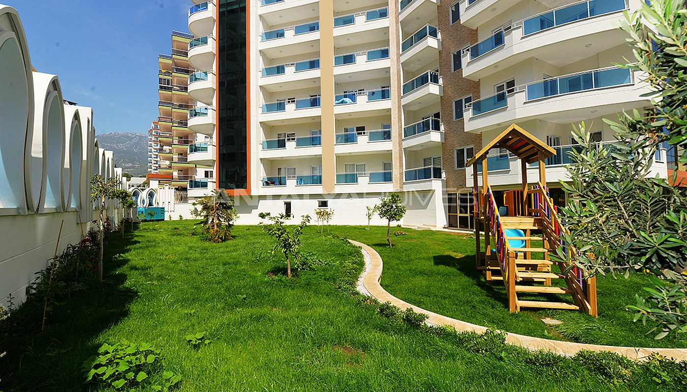 attractive-alanya-property-in-the-5-star-hotel-standards-004.jpg