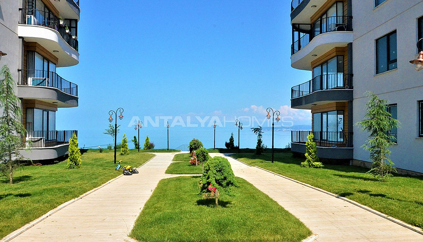 delightful-apartments-overlooking-yomra-bay-in-trabzon-002.jpg