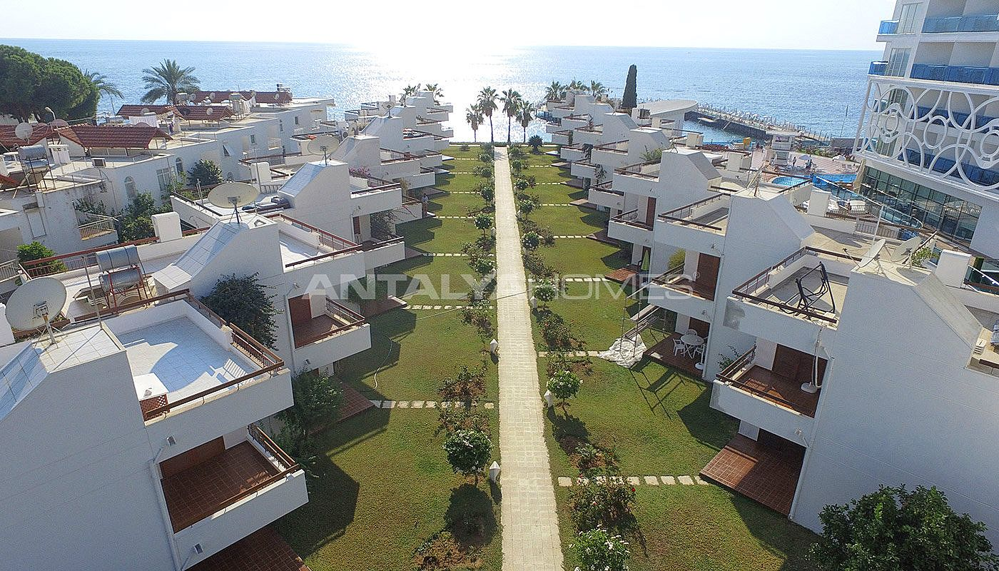 detached-alanya-houses-in-the-seafront-complex-in-avsallar-001.jpg