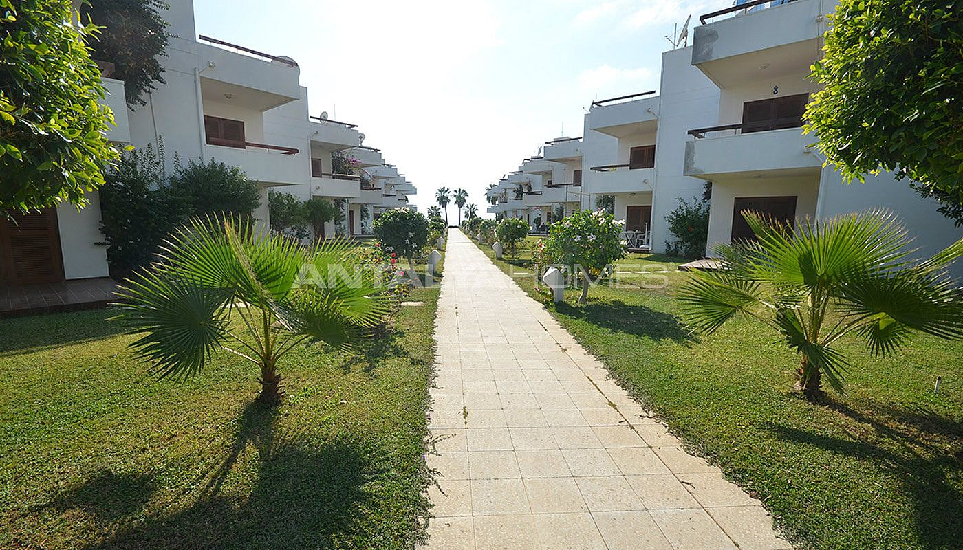 detached-alanya-houses-in-the-seafront-complex-in-avsallar-009.jpg