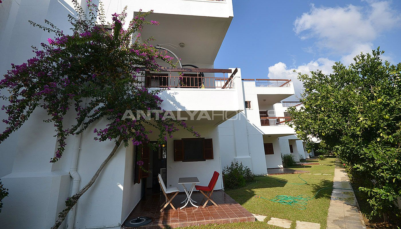 detached-alanya-houses-in-the-seafront-complex-in-avsallar-010.jpg