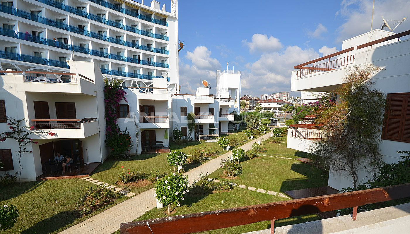 detached-alanya-houses-in-the-seafront-complex-in-avsallar-014.jpg