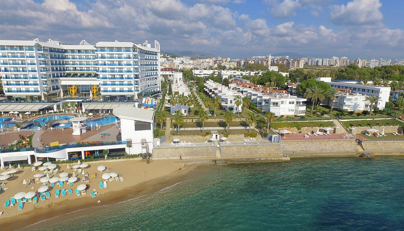 detached-alanya-houses-in-the-seafront-complex-in-avsallar.jpg