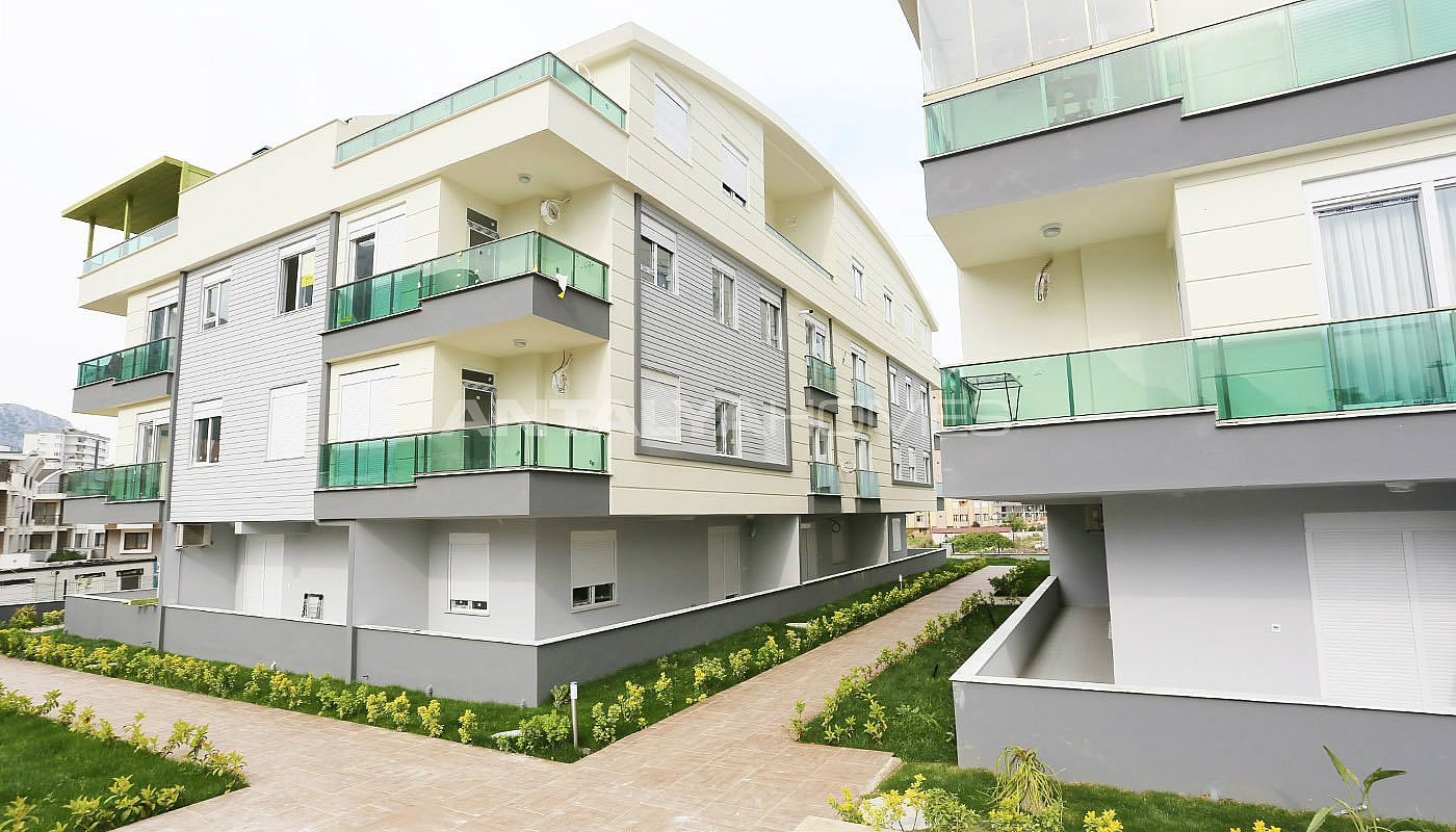 exquisite-konyaalti-apartments-with-modern-architecture-003.jpg
