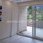 key-ready-2-1-centrally-apartment-in-besiktas-istanbul-interior-001.jpg