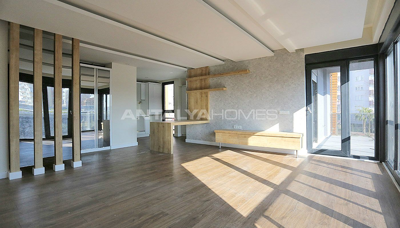 newly-completed-modern-style-flats-in-antalya-turkey-interior-002.jpg