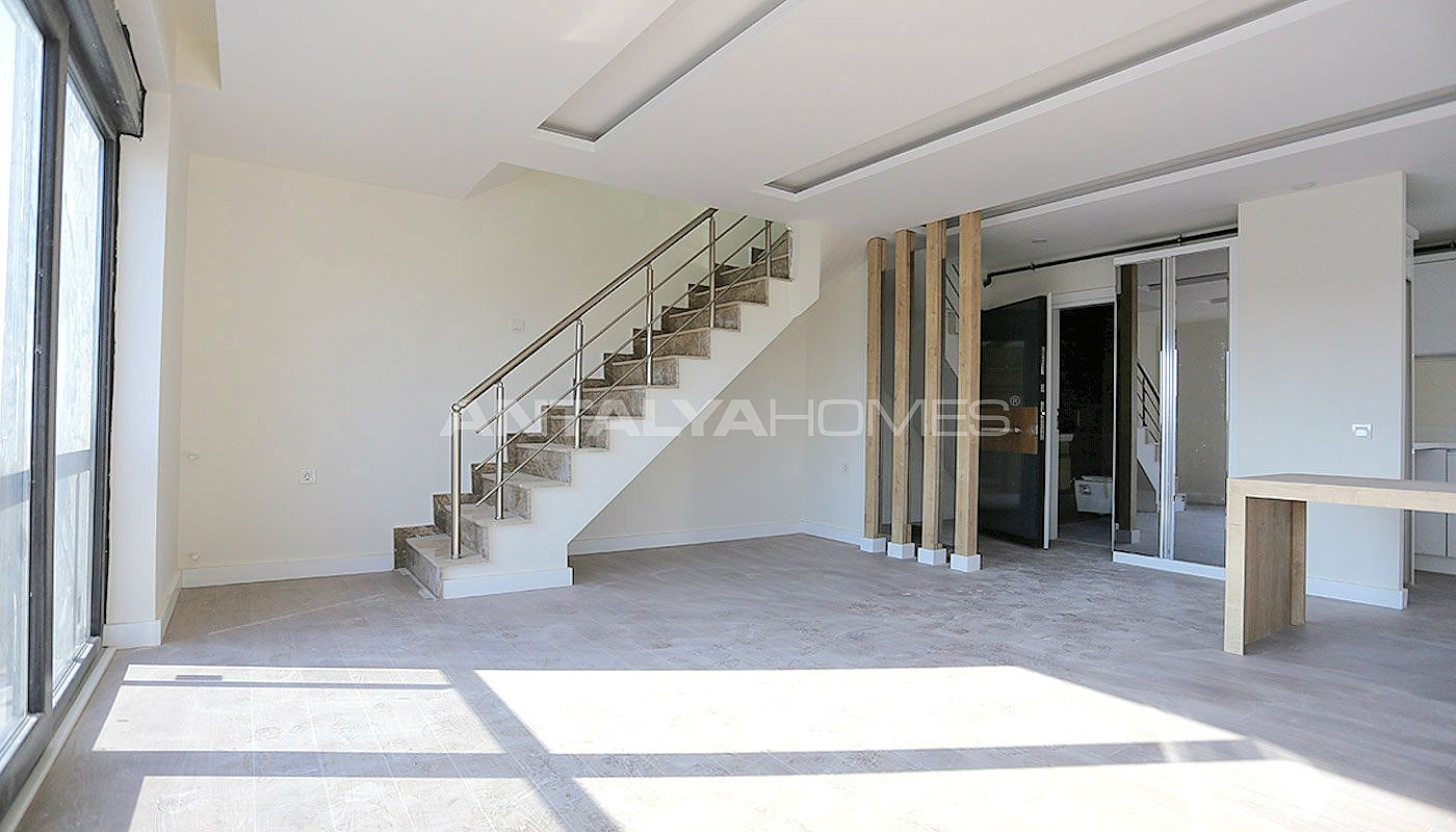 newly-completed-modern-style-flats-in-antalya-turkey-interior-003.jpg