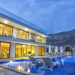 ready-kalkan-villa-designed-with-eye-catching-architecture-02.jpg