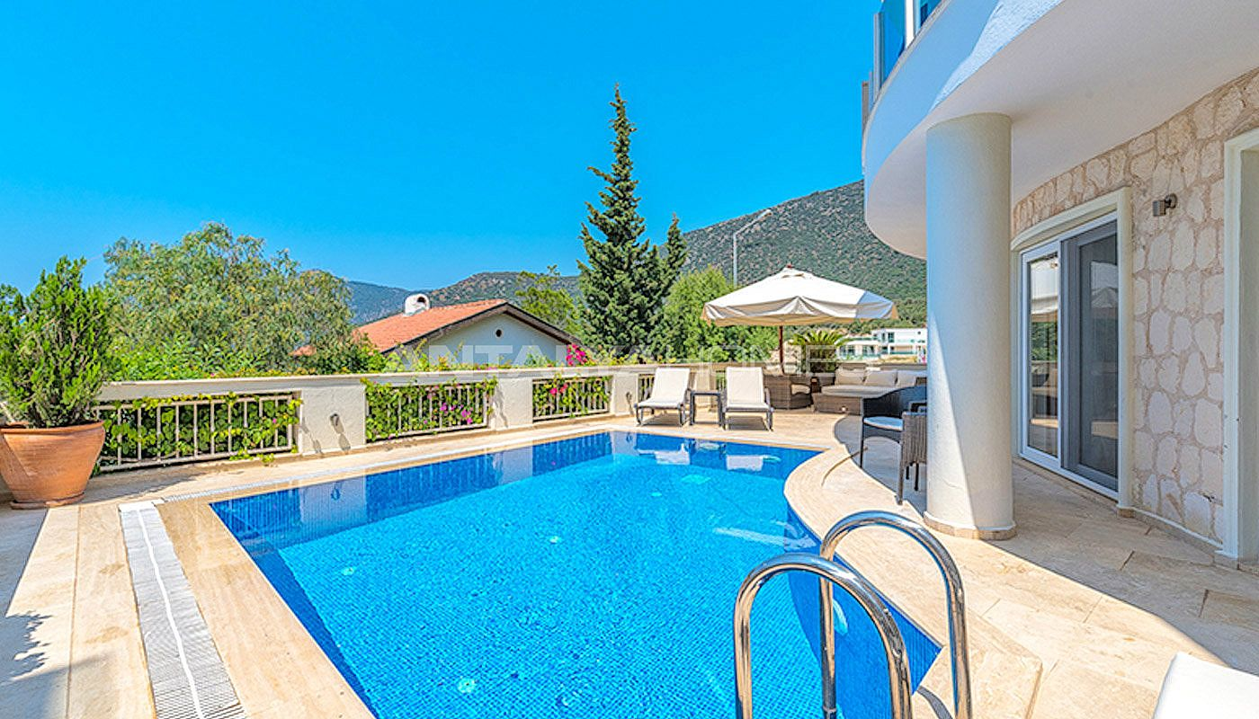 ready-to-move-superbly-property-in-kalamar-kalkan-006.jpg