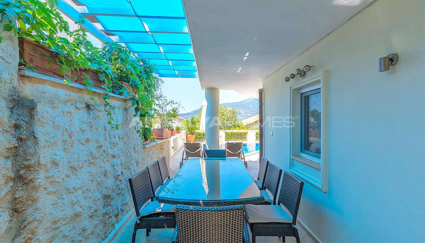 ready-to-move-superbly-property-in-kalamar-kalkan-007.jpg
