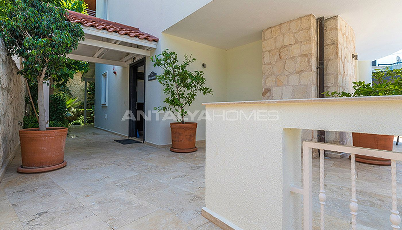 ready-to-move-superbly-property-in-kalamar-kalkan-009.jpg