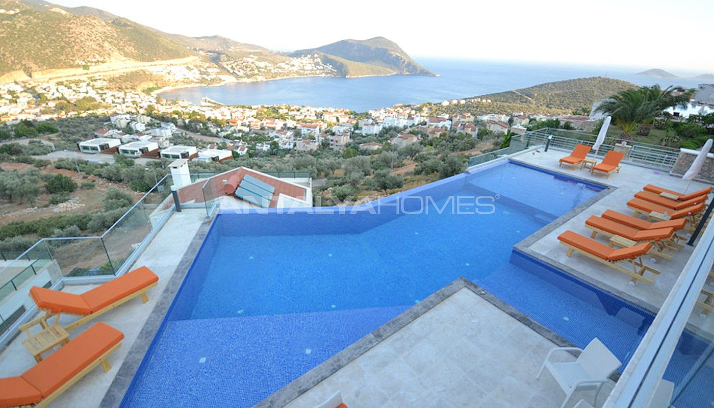 sea-view-villa-in-kalkan-with-contemporary-furniture-01.jpg