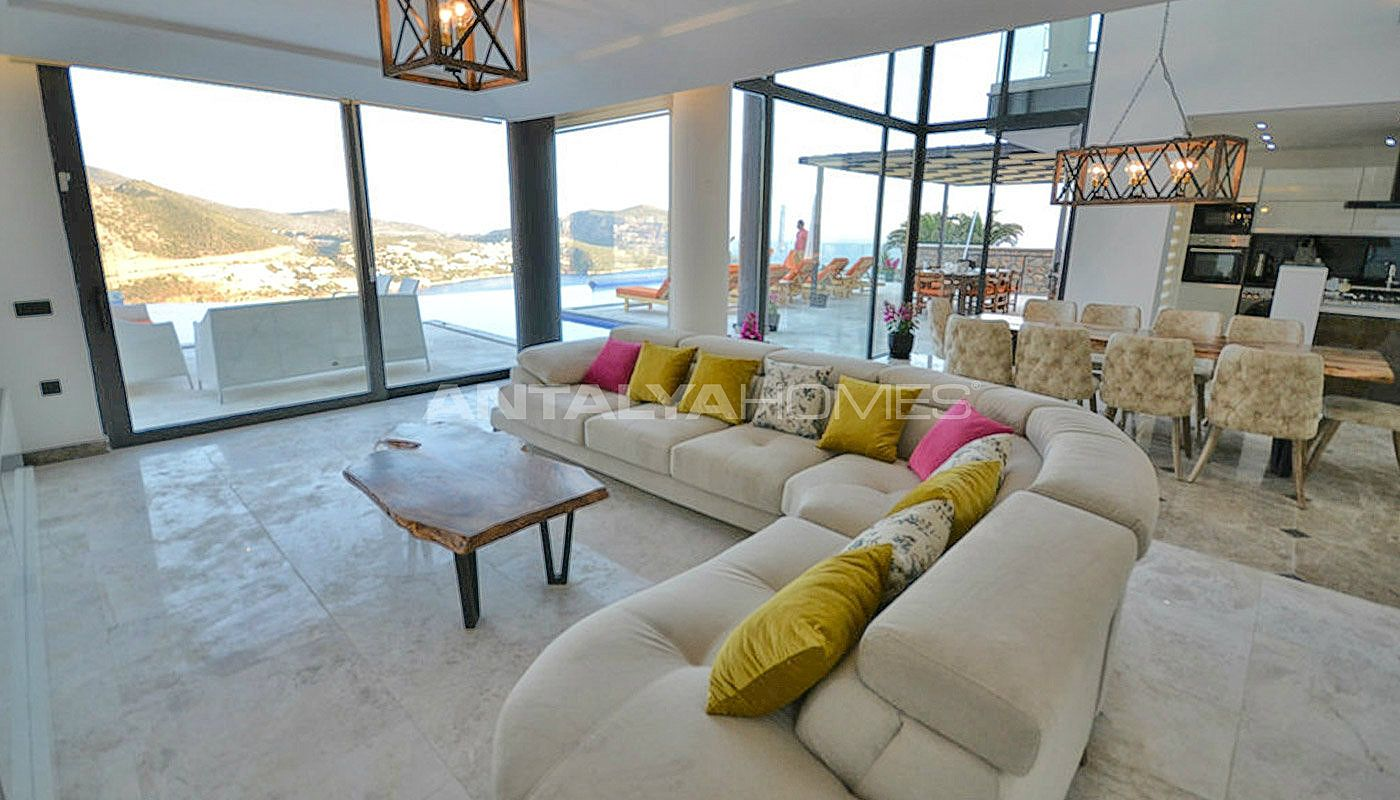 sea-view-villa-in-kalkan-with-contemporary-furniture-interior-001.jpg