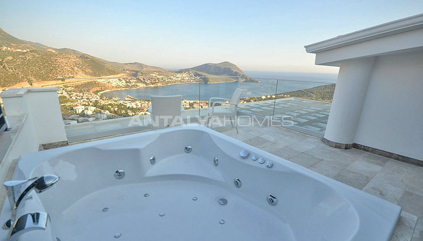sea-view-villa-in-kalkan-with-contemporary-furniture-interior-022.jpg