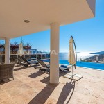 spacious-fully-furnished-houses-in-kalkan-turkey-005.jpg