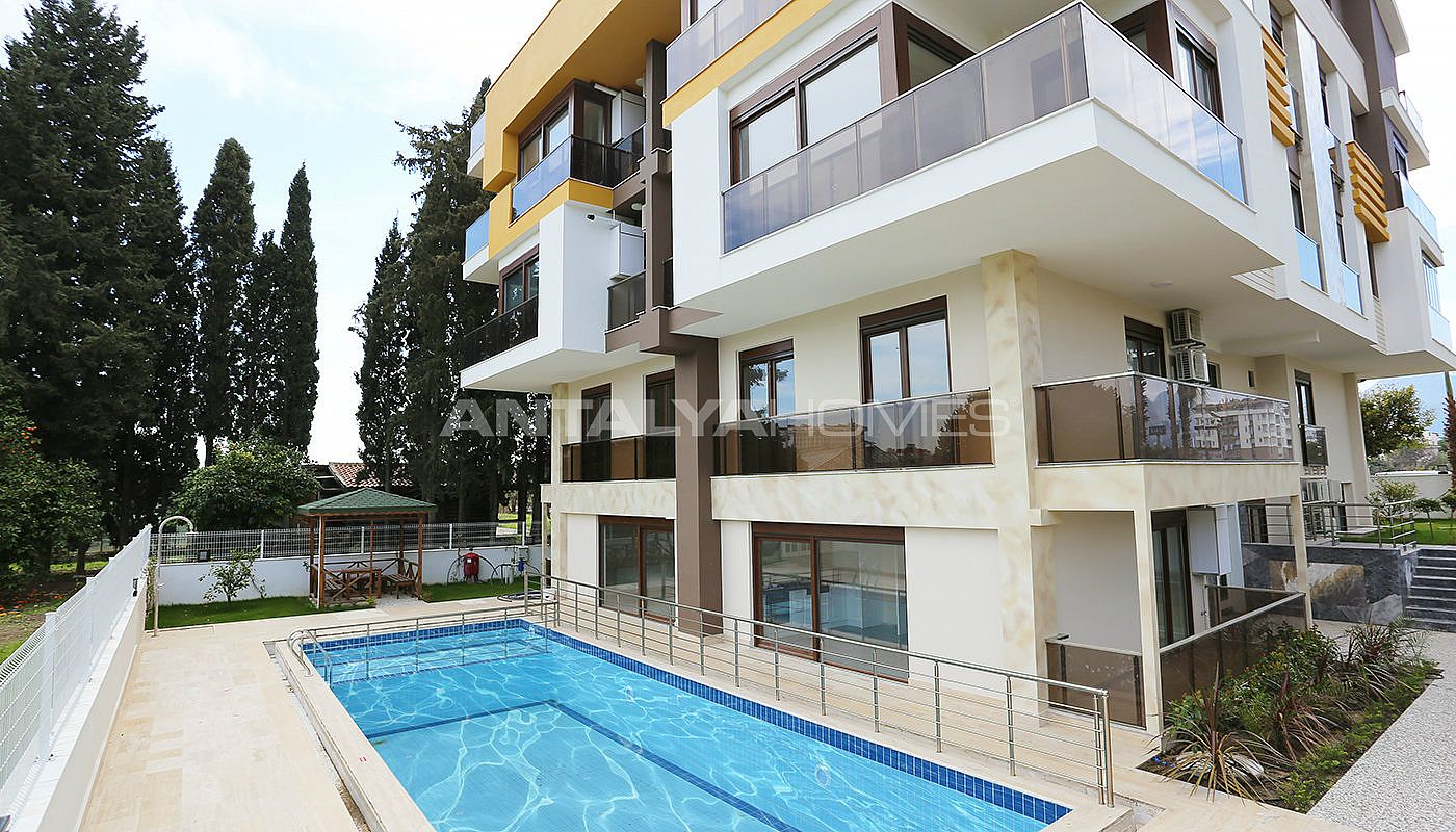 apartments-in-antalya-at-a-favorable-location-of-konyaalti-001.jpg