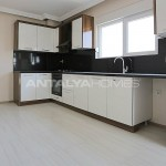city-view-apartments-in-kepez-with-separate-kitchen-interior-004.jpg