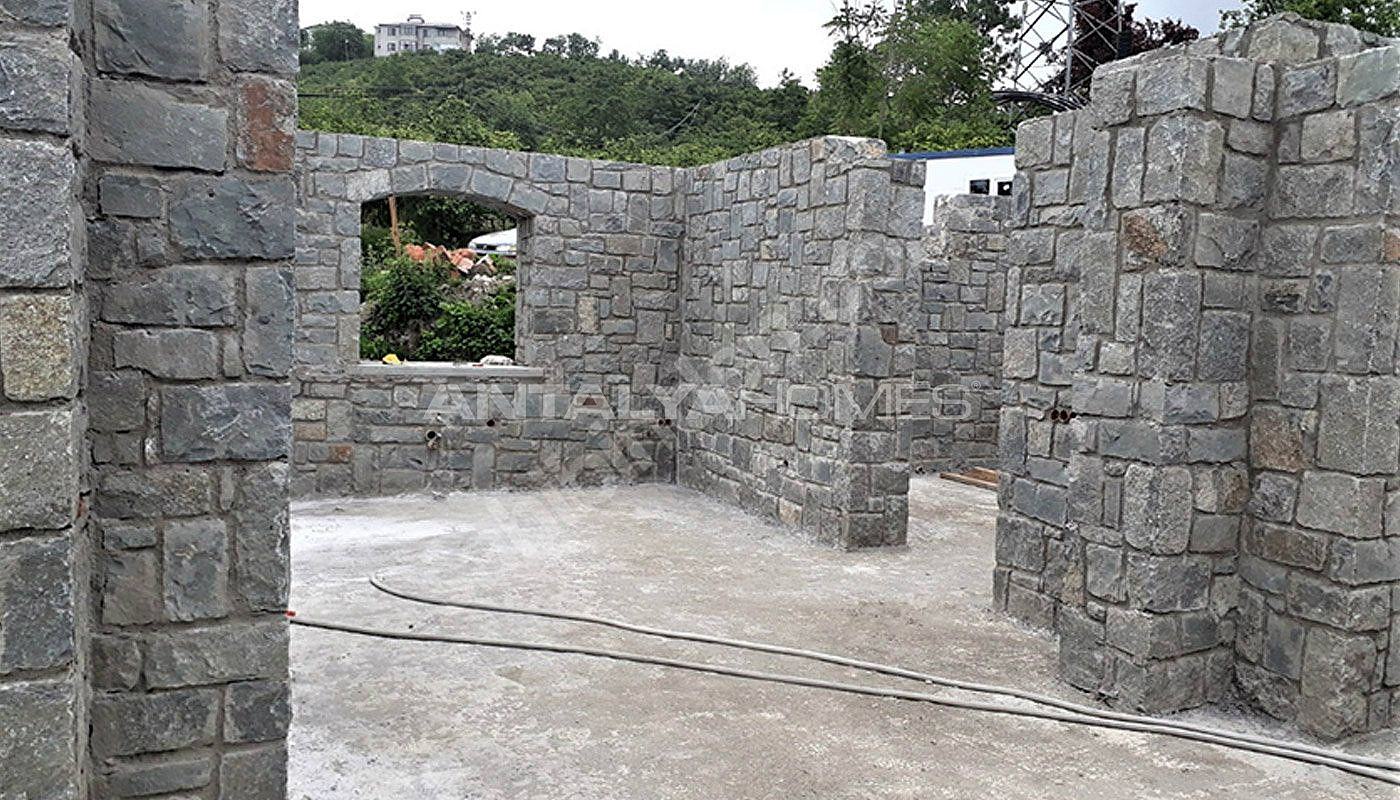 detached-stone-villas-in-trabzon-construction-004.jpg