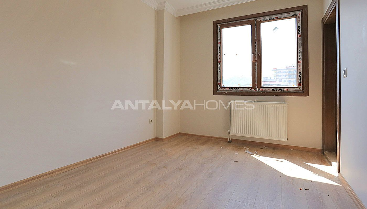 family-friendly-trabzon-property-with-large-social-area-interior-016.jpg
