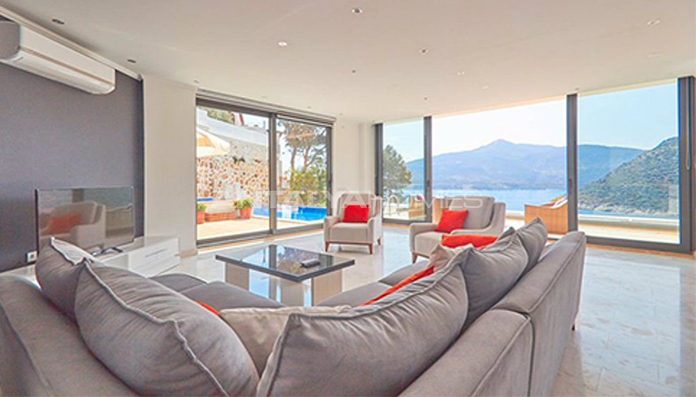 fully-furnished-kalkan-house-250-meter-to-the-beach-interior-001.jpg