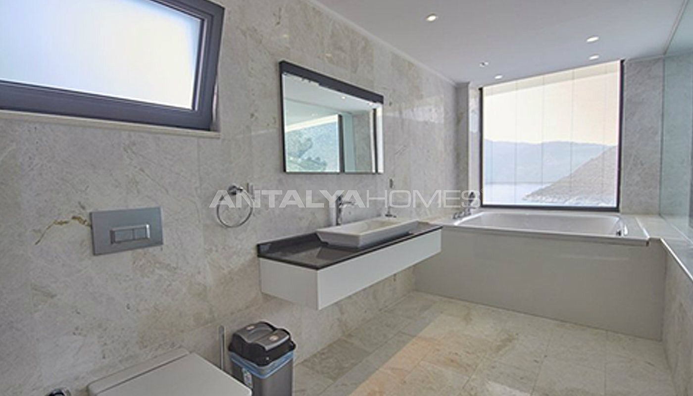 fully-furnished-kalkan-house-250-meter-to-the-beach-interior-018.jpg