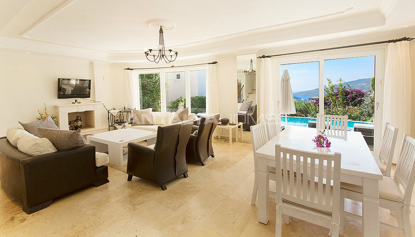 furnished-real-estate-with-breathtaking-views-of-kalkan-bay-interior-001.jpg
