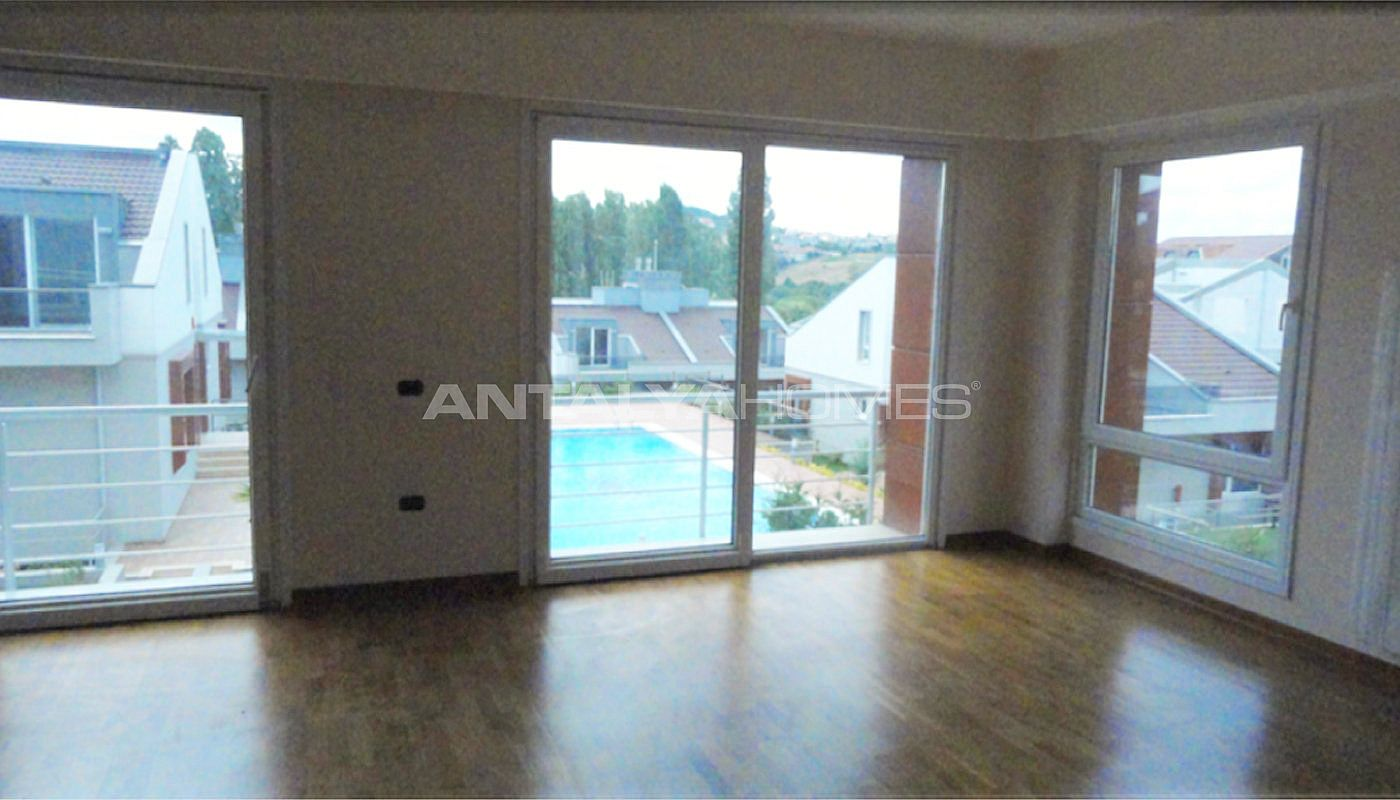 key-ready-houses-with-private-garden-in-istanbul-interior-002.jpg