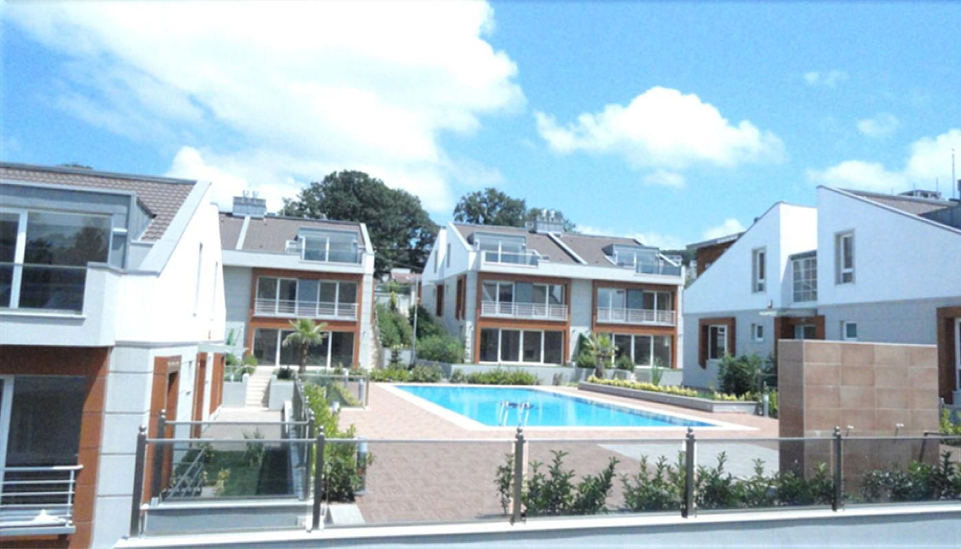 key-ready-houses-with-private-garden-in-istanbul-main.jpg