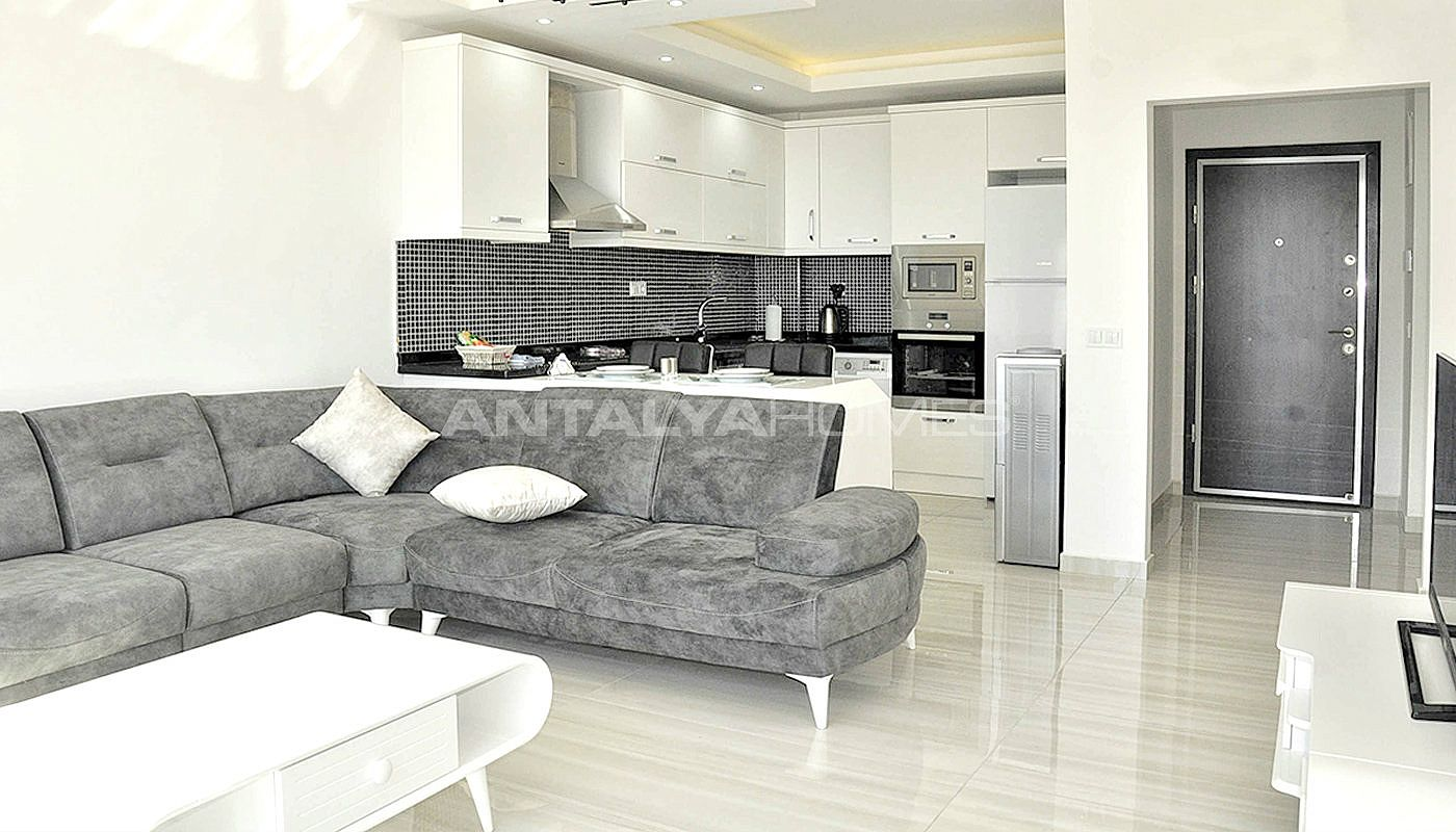 lovely-alanya-apartments-100-m-to-the-sandy-beach-interior-04.jpg