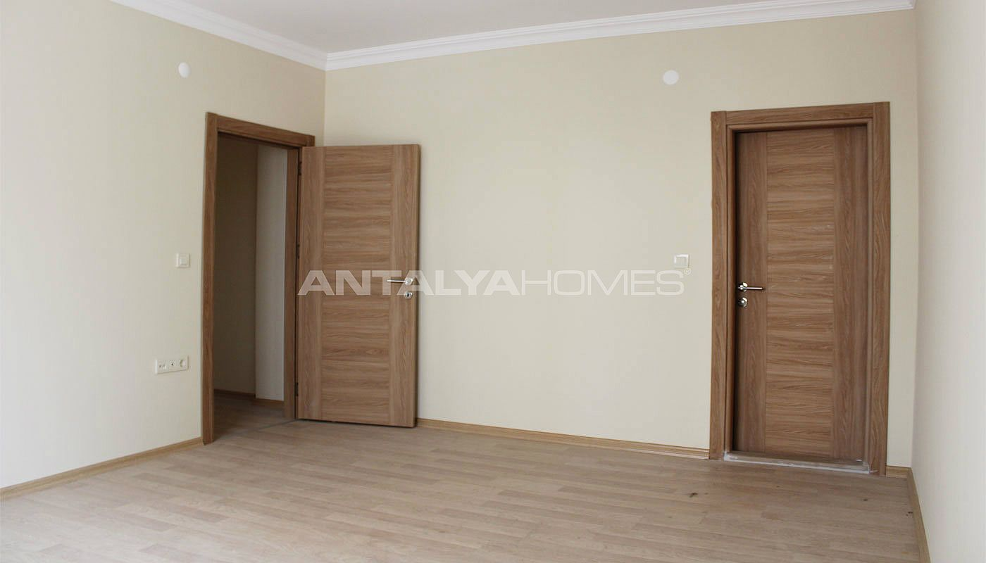 ready-to-move-property-in-trabzon-with-natural-gas-system-interior-007.jpg
