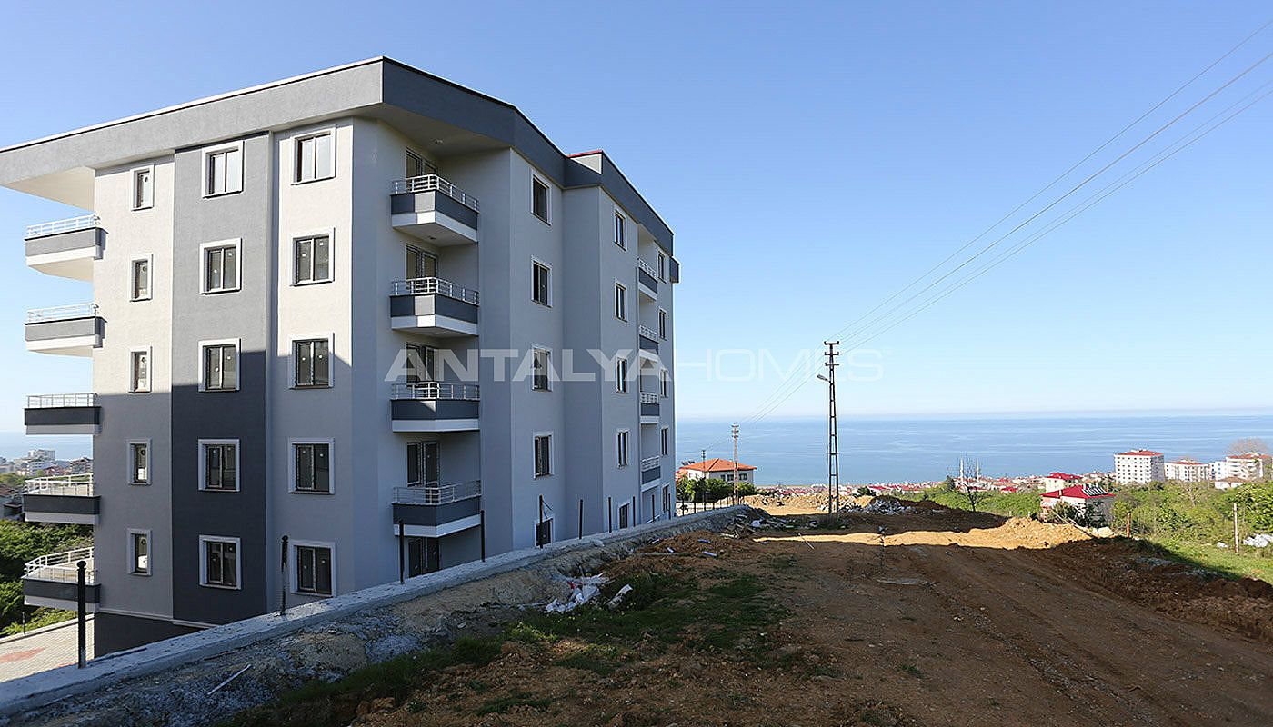 real-estate-in-trabzon-with-outstanding-sea-view-003.jpg