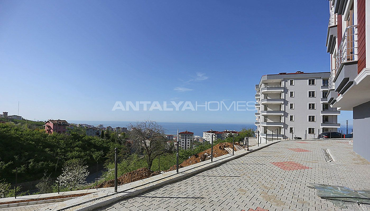 real-estate-in-trabzon-with-outstanding-sea-view-005.jpg
