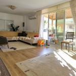 sea-view-resale-lara-apartment-with-2-separate-kitchens-interior-003.jpg