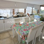 sea-view-resale-lara-apartment-with-2-separate-kitchens-interior-005.jpg