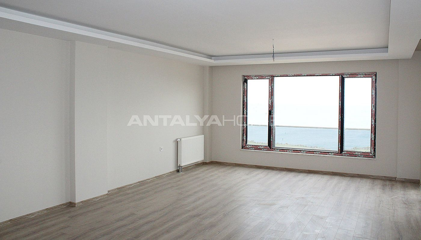 spacious-property-in-trabzon-overlooking-to-the-sea-interior-002.jpg