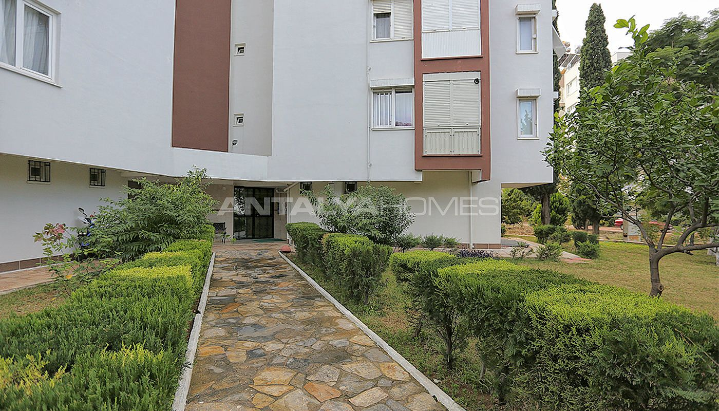 spacious-resale-apartments-in-antalya-guzeloba-04.jpg
