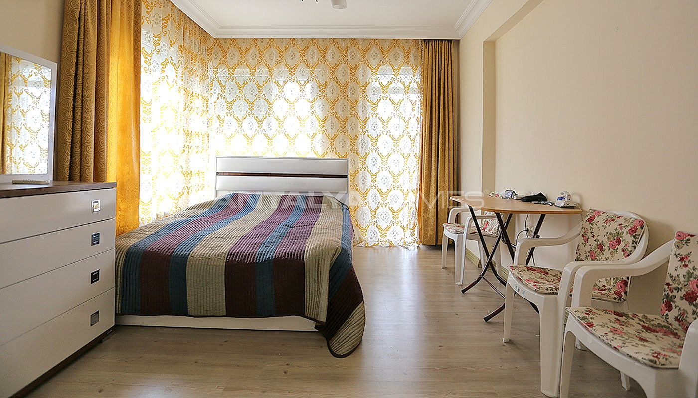 spacious-resale-apartments-in-antalya-guzeloba-interior-11.jpg