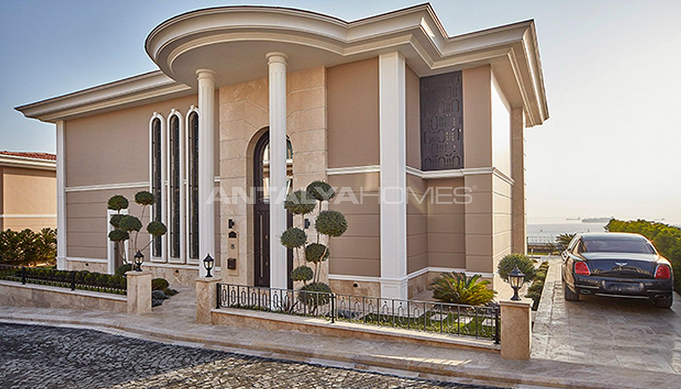 centrally-located-istanbul-villas-intertwined-with-sea-012.jpg